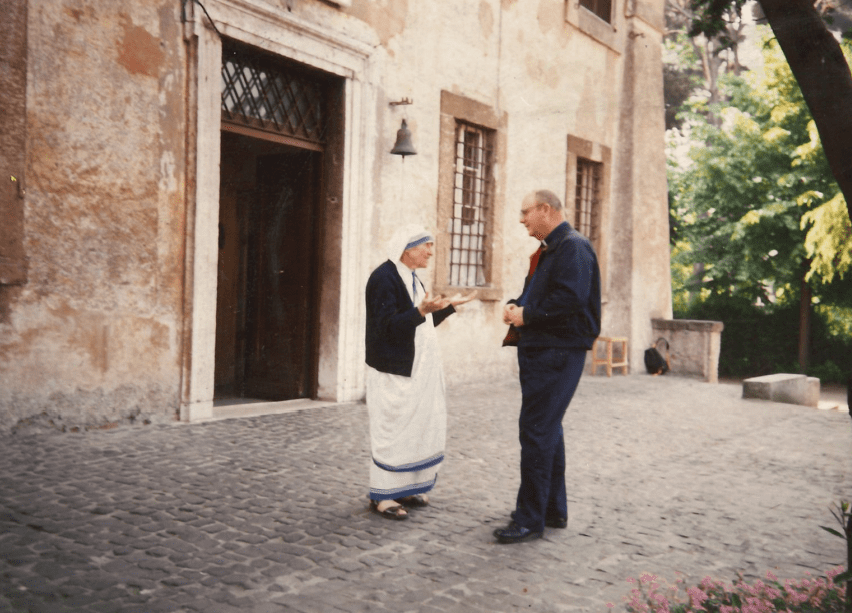 Father Jack chatting with Mother Teresa in 1987.
